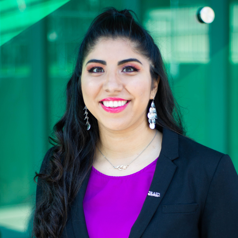 Photo of Jazmin Garcia - Healthcare Studies Pre Physician Assistant, Music minor (Senior)